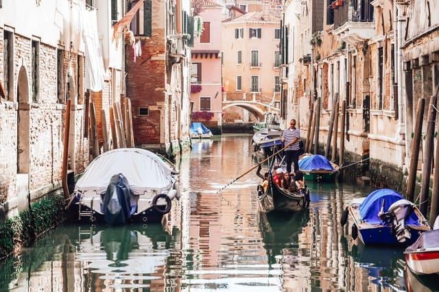 permanecer legal en italia